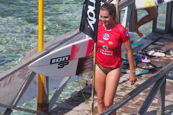 Surfer Philippa Anderson want your help to get on the world tour of surfing.
