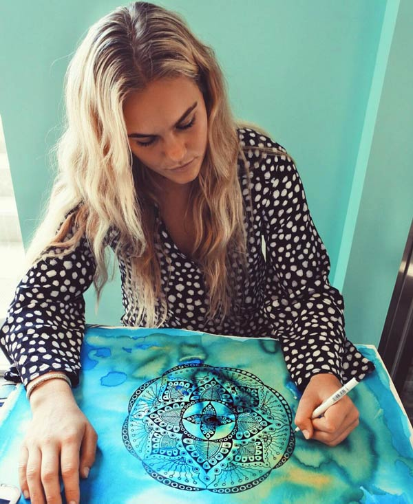 Felicity Palmateer artists and surfer