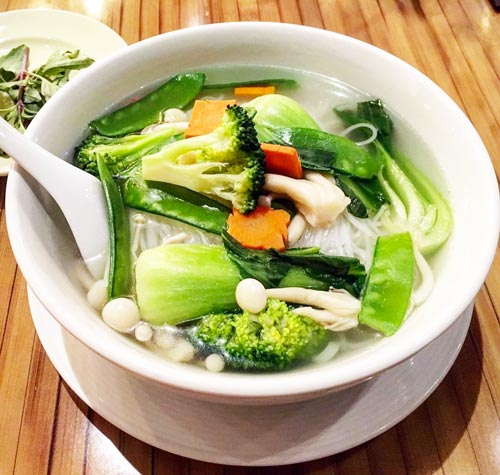 Vegan soup recipes - healthy eating on a budget