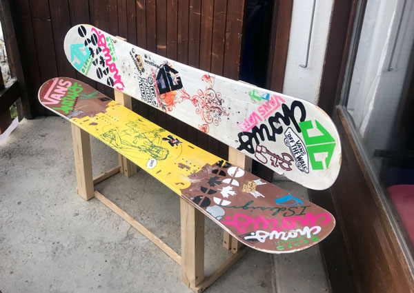 How to make a snowboard bench from old snowboards