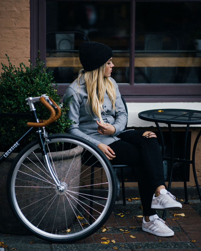 Girl with bike at cafe - Anian clothing