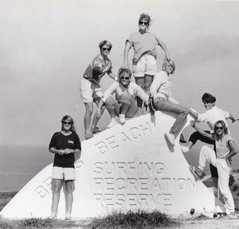 Women surfers 1980s GIRLS CANT SURF