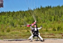Fly chicks skydiving into a chair for a precise landing